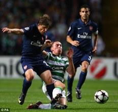 Arshavin and Cesc battle at Celtic
